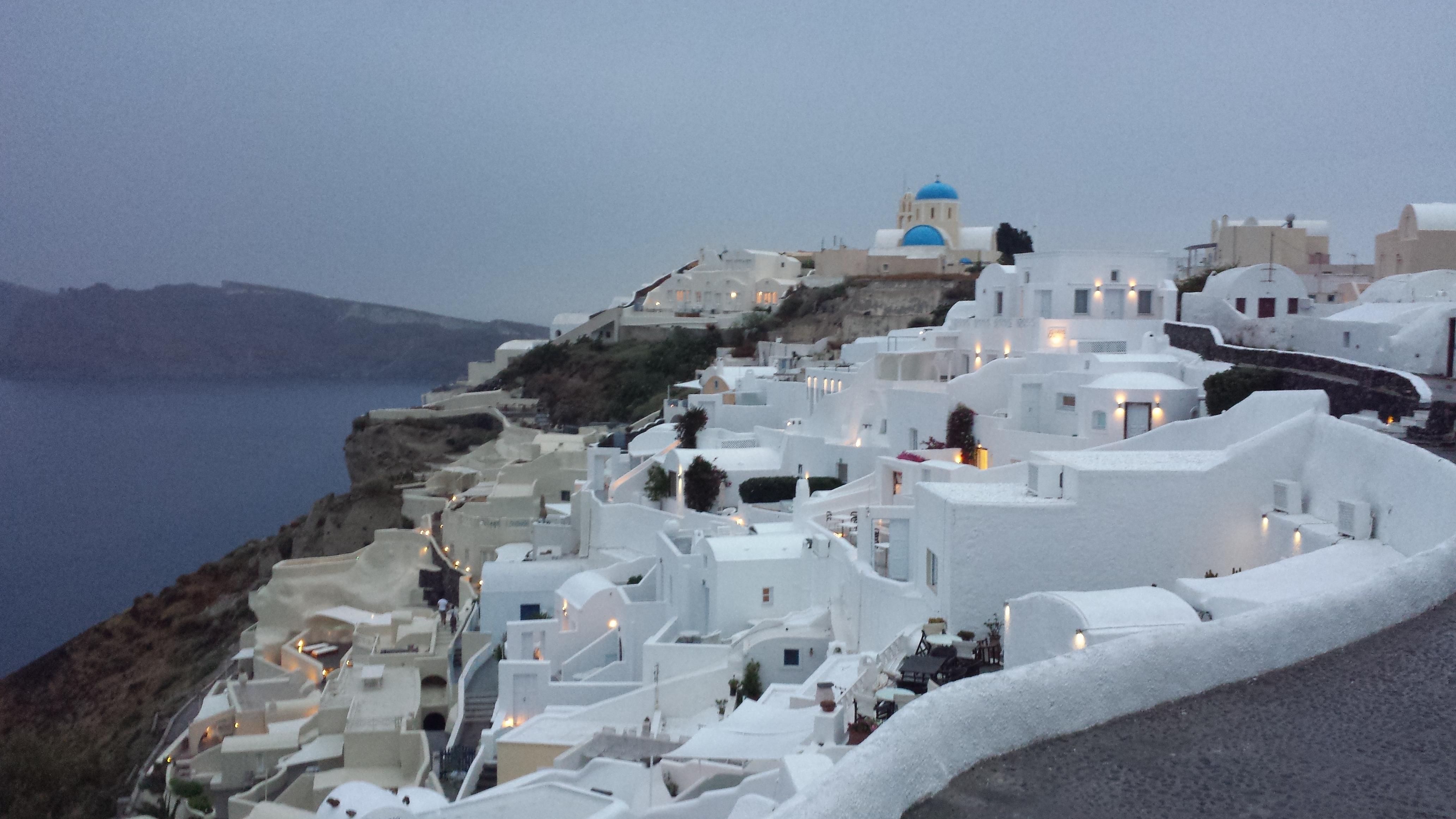 Conhecido Santorini, a mais romântica das Ilhas Gregas. HZ33